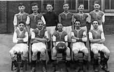 Len's School Football team